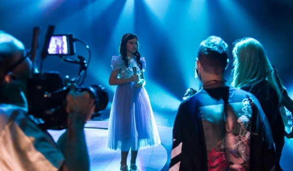 JESC 2020 First Shootings footage: Sofia Feskova from Russia records the performance of her entry 'My New Day'